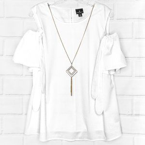 NWOT》WORTHINGTON》Cold Shoulder Tie Sleeve Blouse